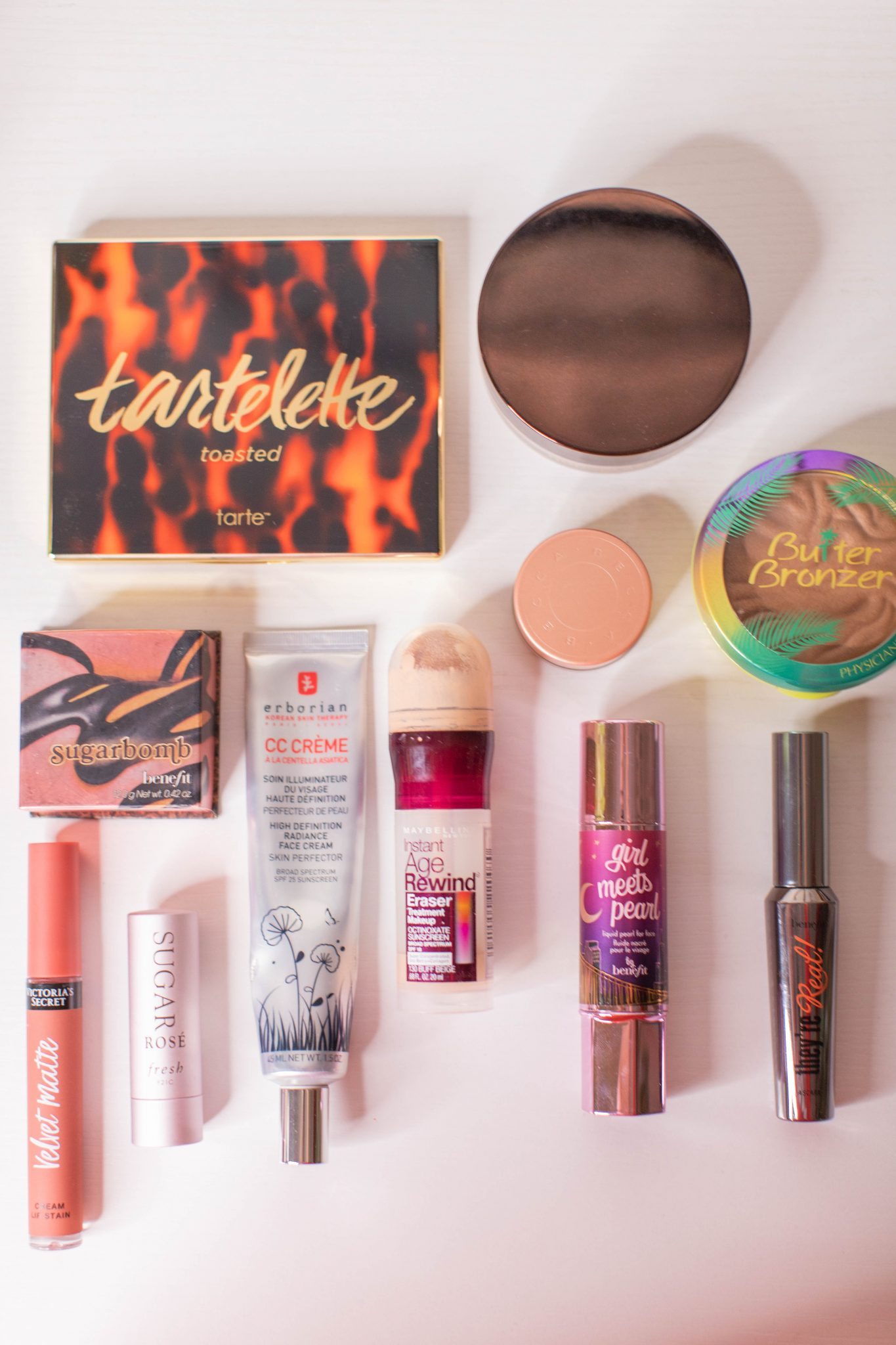 Basic Makeup Essentials featured by top US life and style blogger Live Laugh Linda
