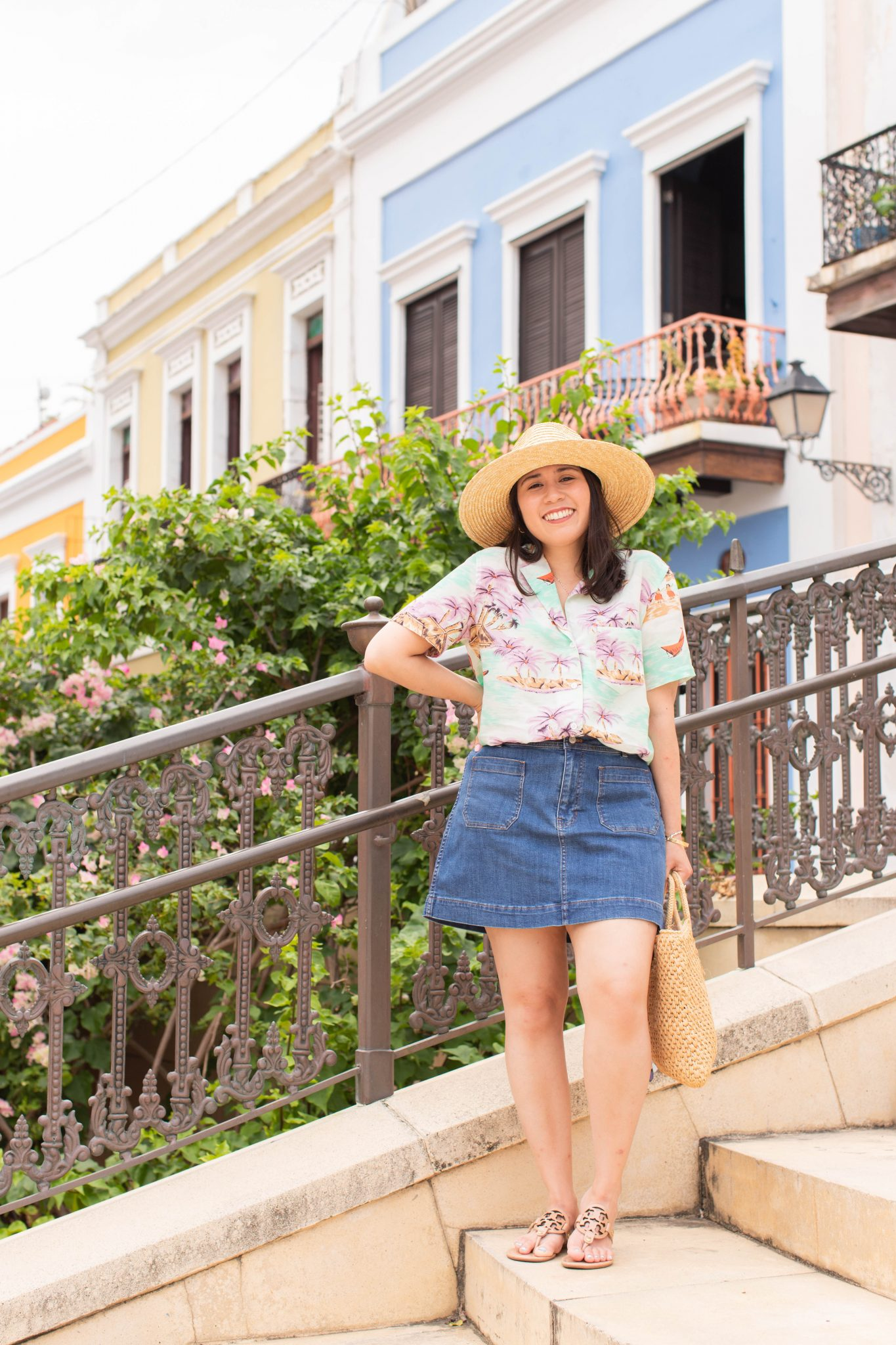 Travel Tipping Guide featured by top US travel blogger, Live Laugh Linda
