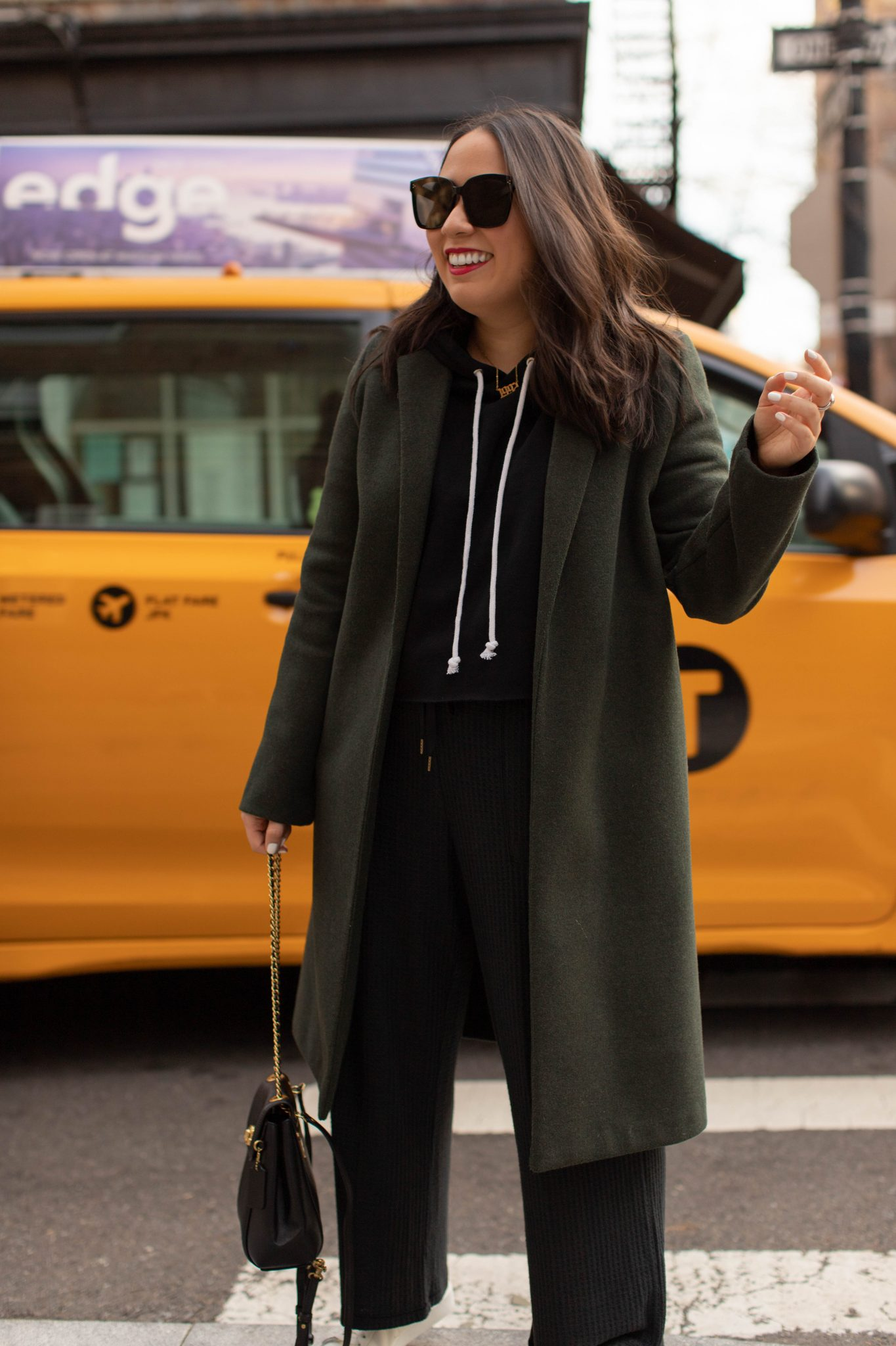 Popular New York City life and style blog : Basically A Mess