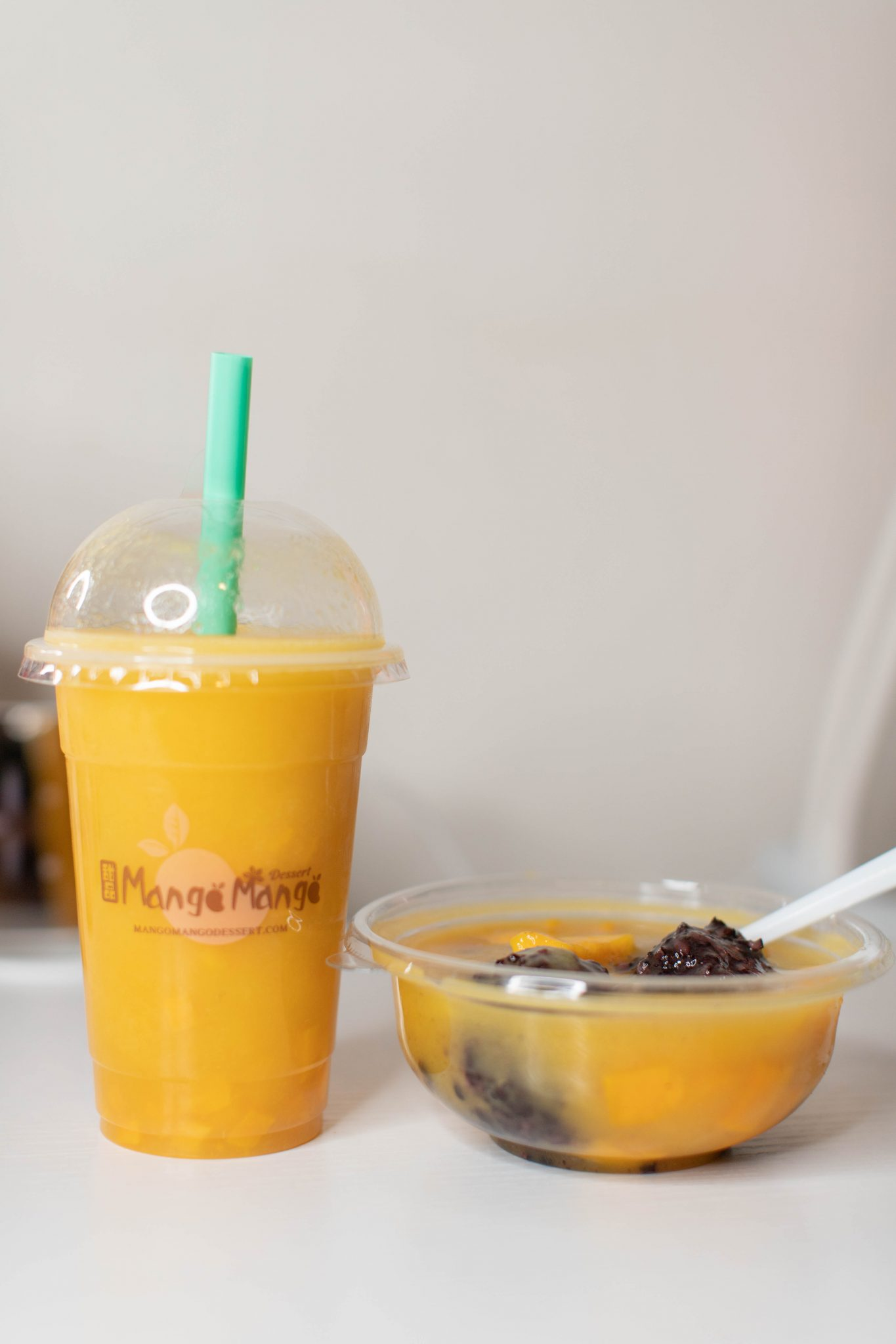 4 Small Businesses to Support in Chinatown NYC by Basically A Mess (image of Mango Mango Dessert restaurant in Chinatown New York City)