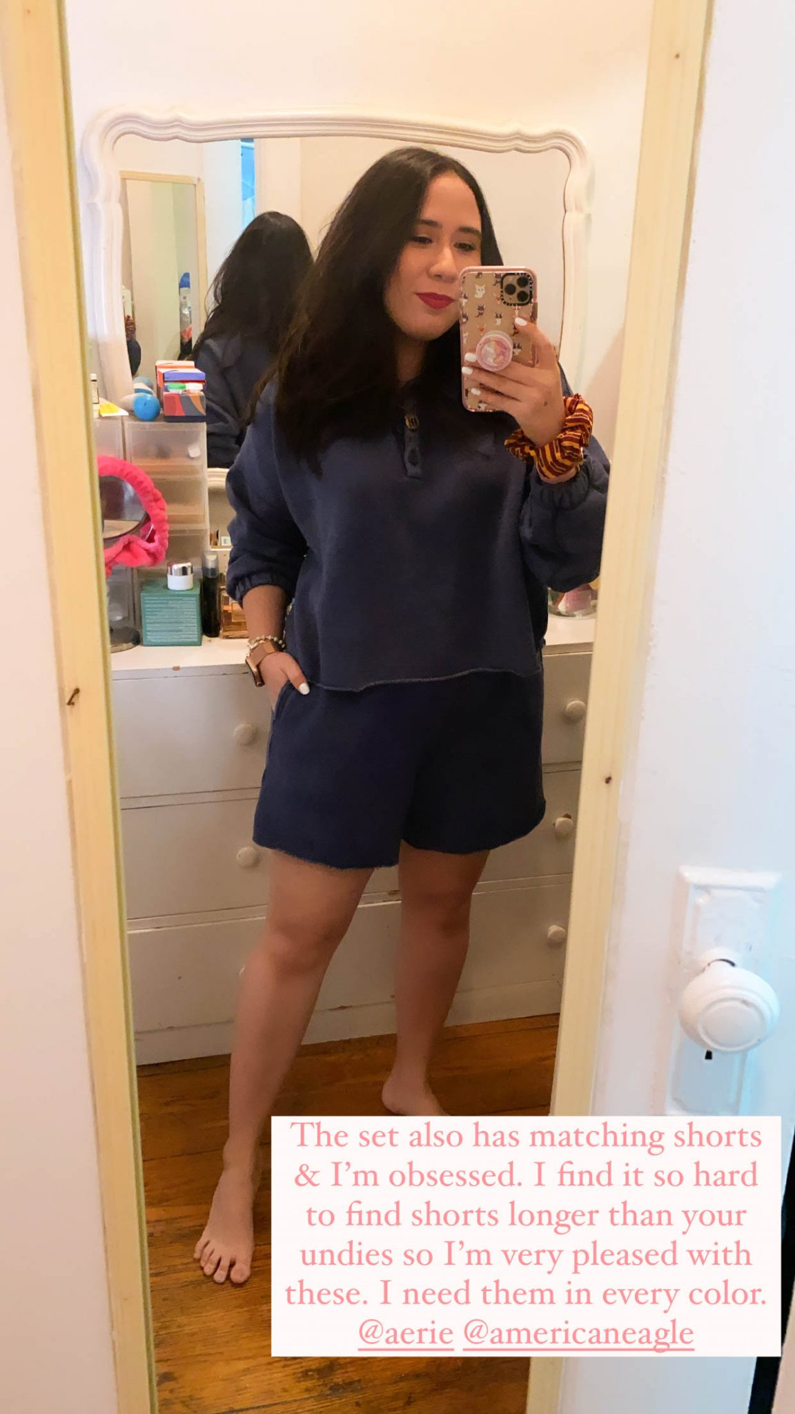5 Things I'm Currently Loving by Basically A Mess (photo of woman in Aerie Fleece of Mind lounge set)