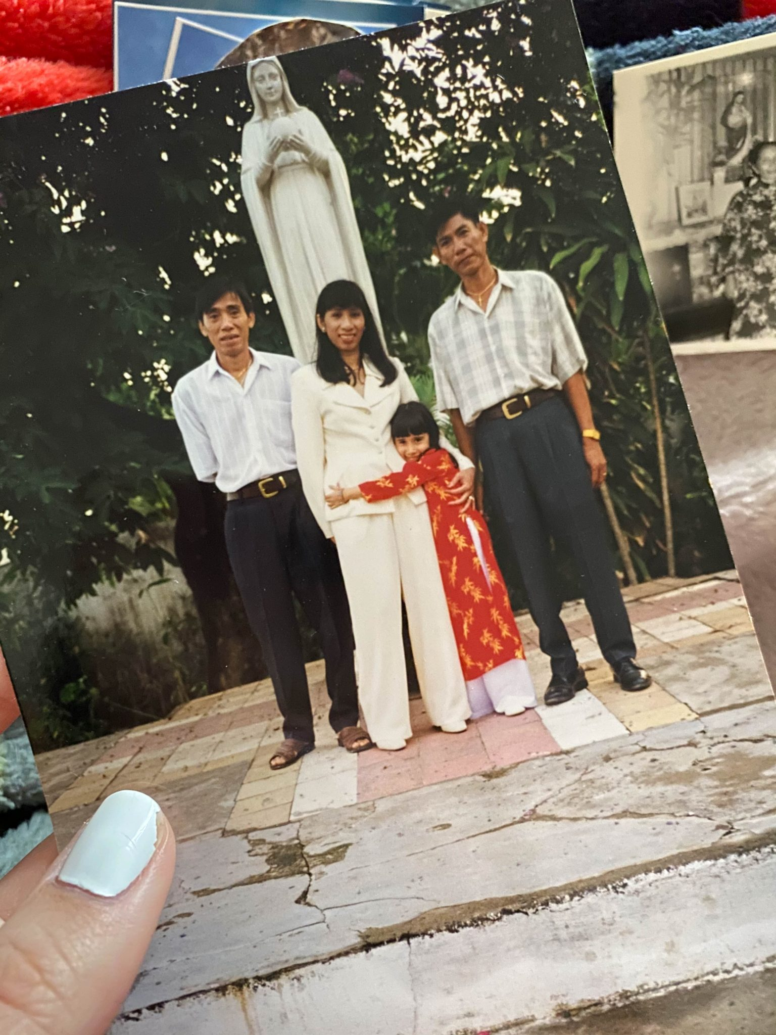 Life Lately July 2021 by Basically A Mess (photo of a family in Vietnam)