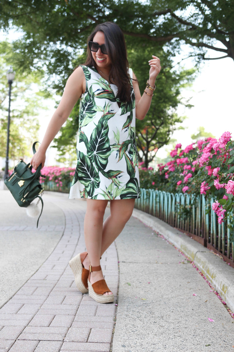 6 Items I've Sold on Poshmark & Why by Basically A Mess (photo of a woman wearing a palm print dress and March Fisher Espadrille wedge sandals)