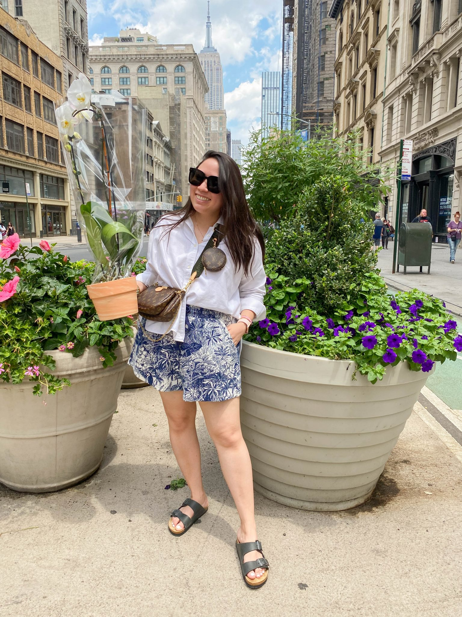 Louis Vuitton Multi Pochette Accessoires Review | Does It Live Up To The Hype by Basically A Mess (how to style the Louis Vuitton Multi Pochette Accessoires)